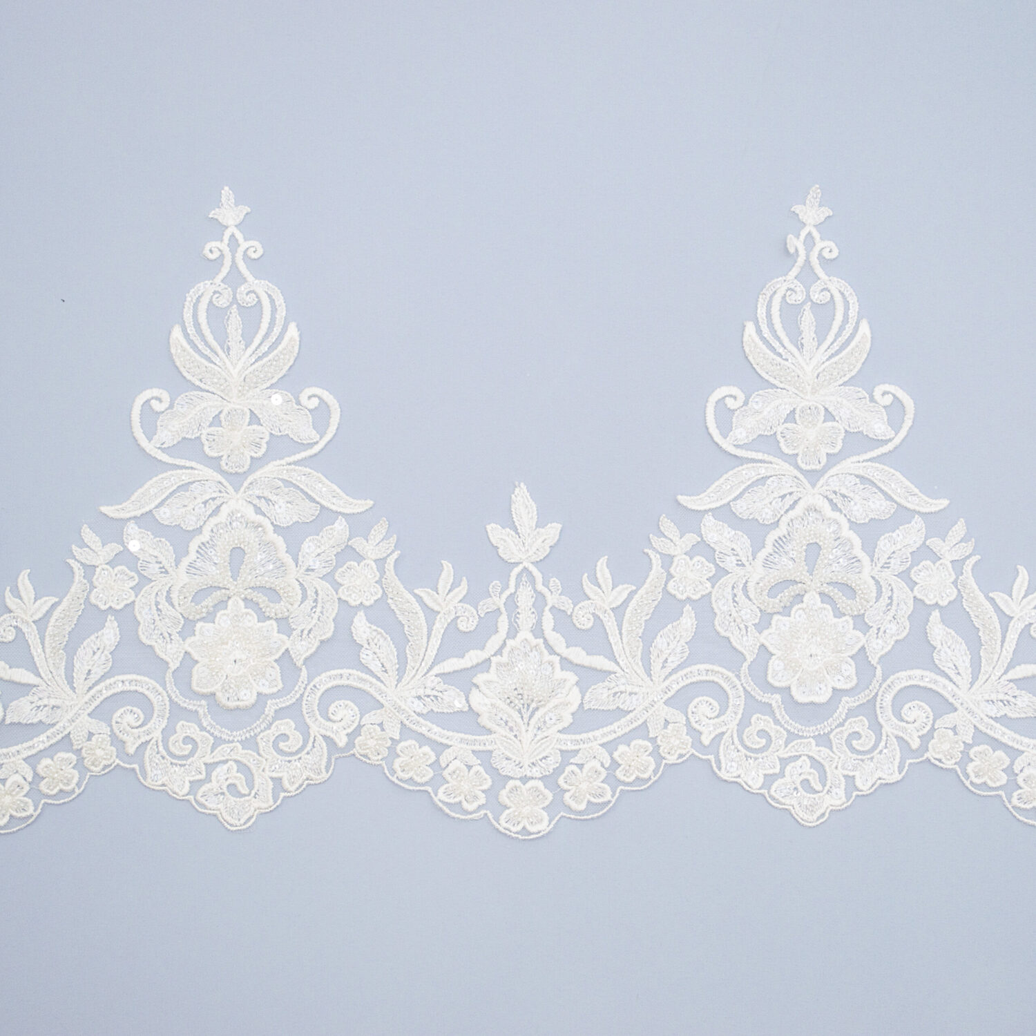 Embroidered lace trim AM13962QF2-N44