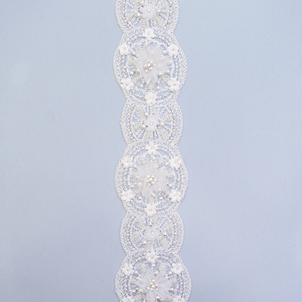 Belt with beads M1631