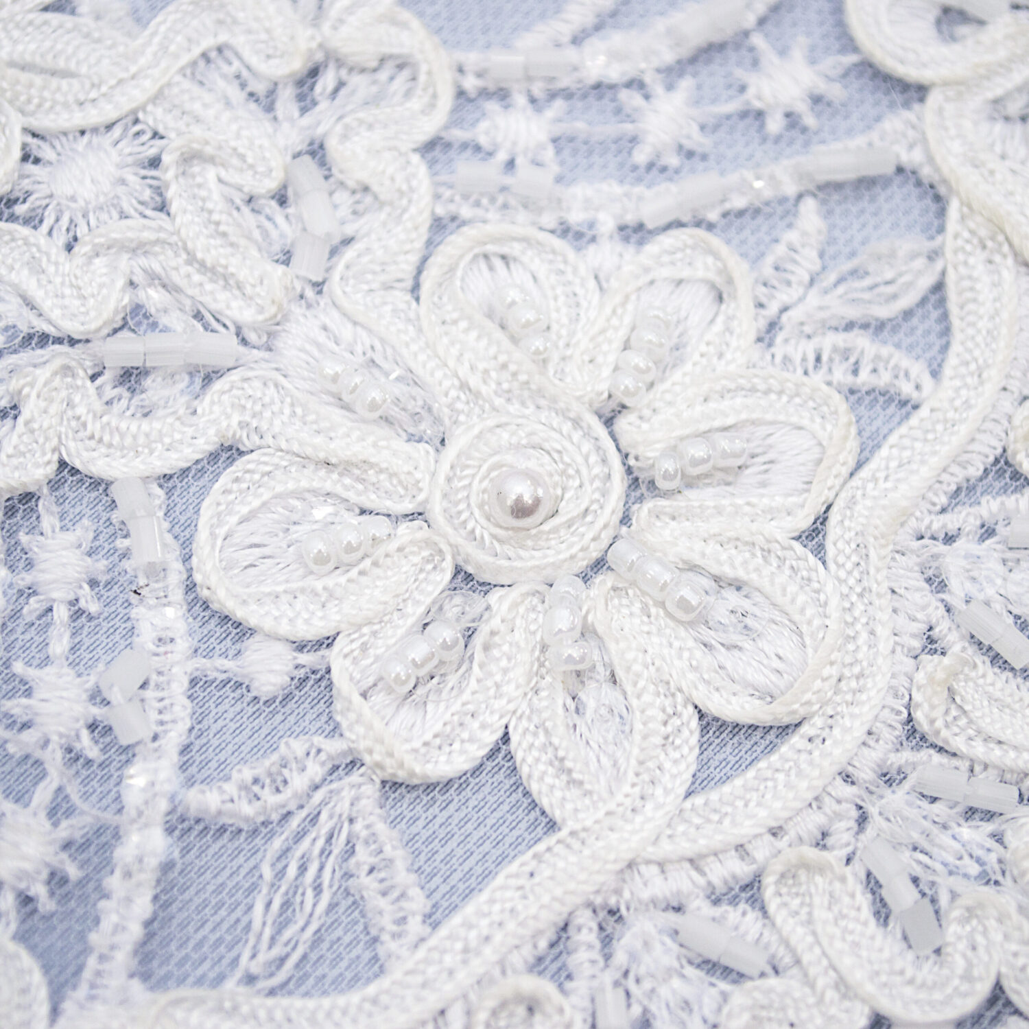 Embroidered lace trim C1602R3FB-N44