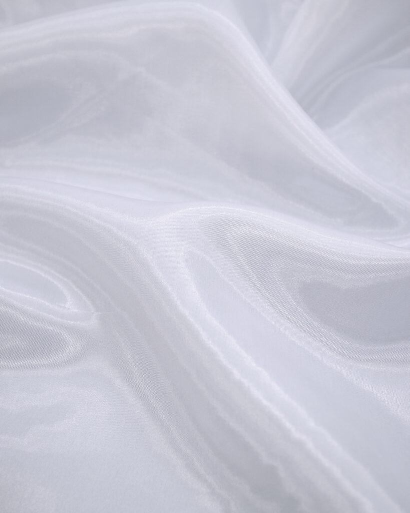 Блискуча органза тканина