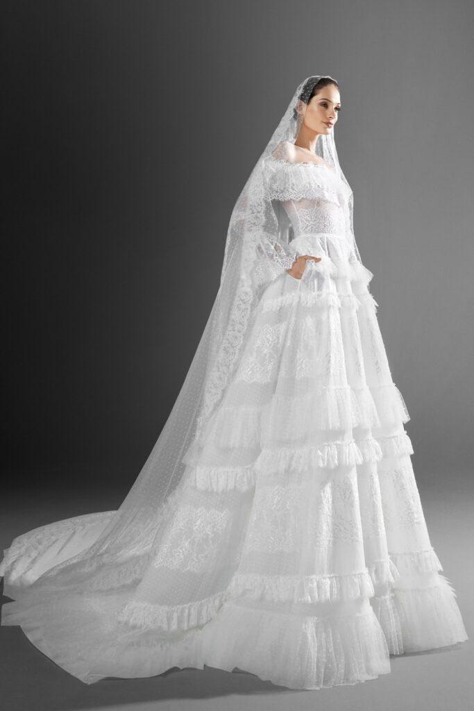 Свадебная фата мантилья
