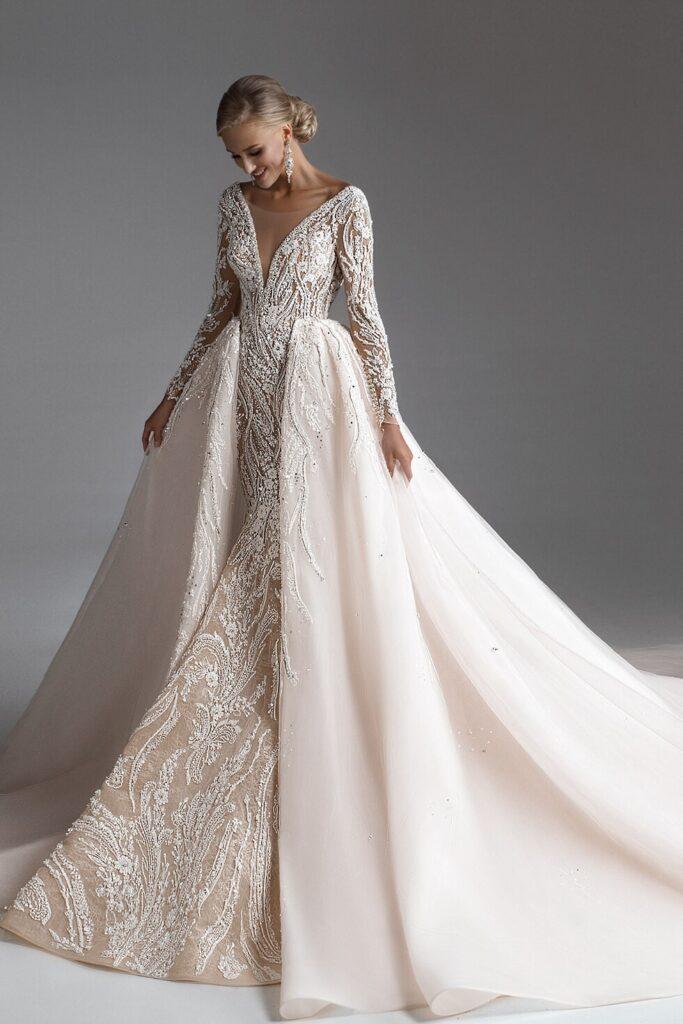 свадебное платье в восточном стиле Adamaris