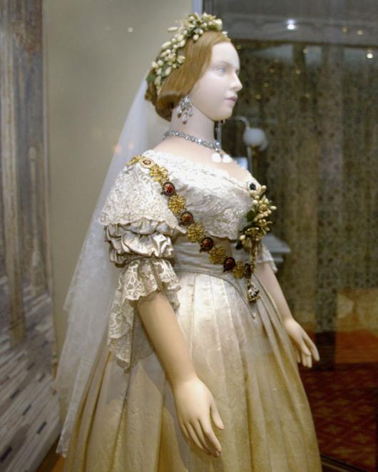 гипюровое свадебное платье королевы Виктории