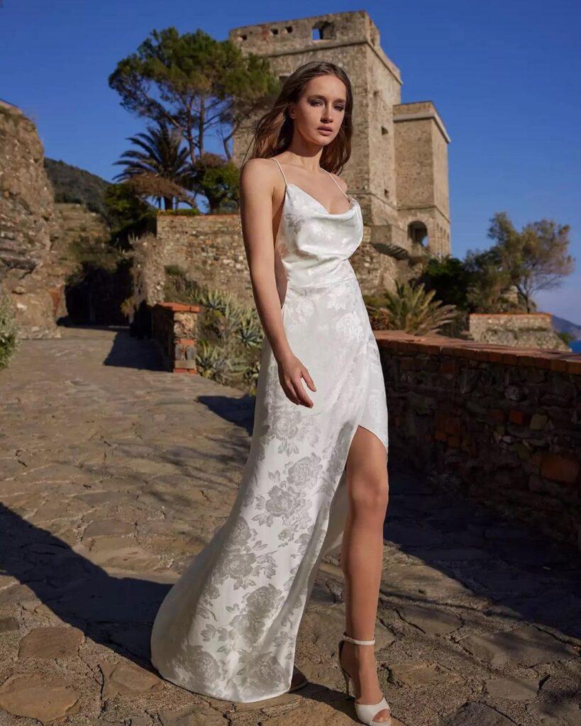 атлас купить для платья