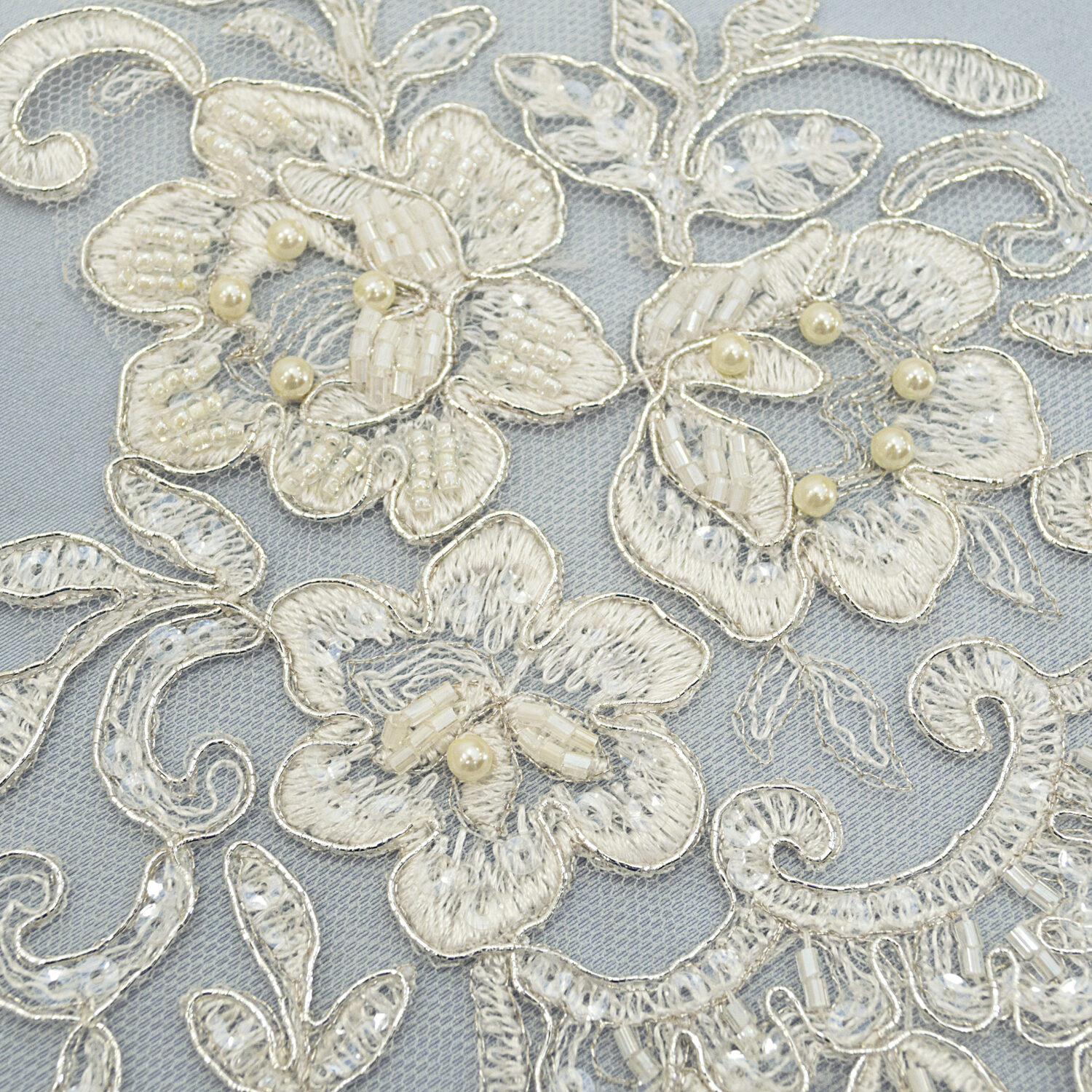 Embroidered lace trim C1511DC4FB-N44